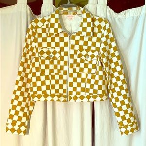 White and Mustard Checkered Jacket 🧥 Size M